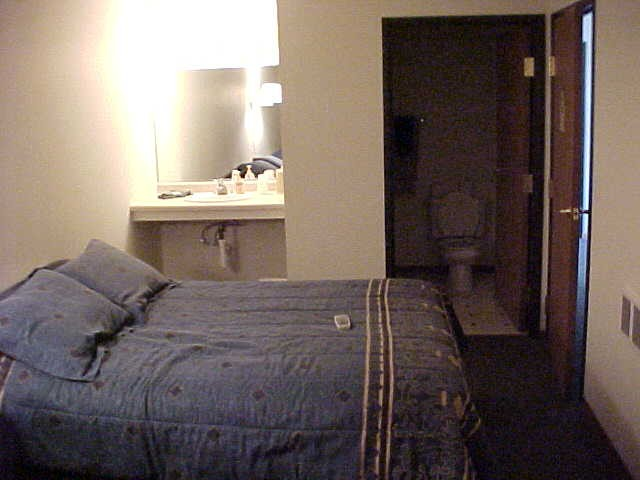 Pictures of Motel Rooms