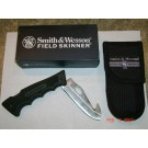 Smith & Wesson Finger Grip Folding Knife / Guthook